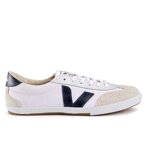 Volley (037)