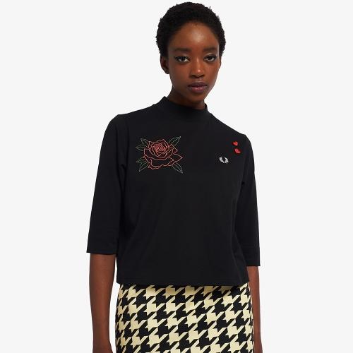 [Amy Winehouse] 엠브로이더드 하이 넥 티셔츠 (102)